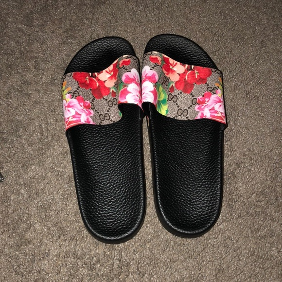 ff6513d4b5e Gucci Other - Flower Blossom Gucci Slides